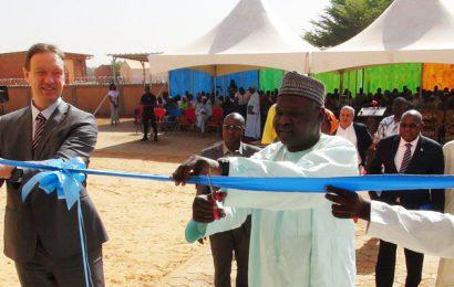 Cérémonie d'inauguration de la direction des Laboratoires de santé