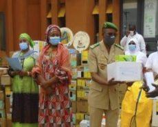 Don d'un important lot de produits à l'HGR pour la lutte contre la pandémie de Covid-19
